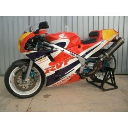 Honda RC30 - 1989, exclusive material HRC swingarm, exhaust, brakes, tires etc