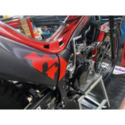 Montesa Cota 300RR year 2016, brakes oils wheels pneumatic bearings plastic suspensions all controlled.