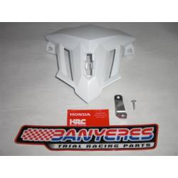 White plastic lens with original Honda bracket for Montesa Cota 4RT model 2020.