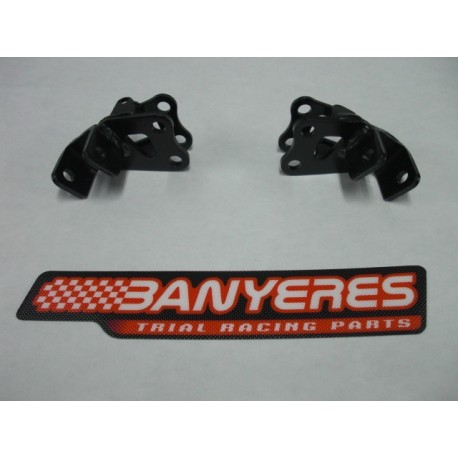 Kit soporte standar 2005 - 2015 estriberas hierro originales Montesa color negro.