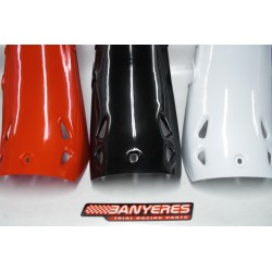Mitani rear fender without adhesive black Montesa 315R range of colors - white and red. Made in Japan