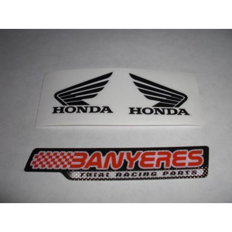 Honda sticker for Montesa 4RT petrol tank, measures 4cm X 3cm.