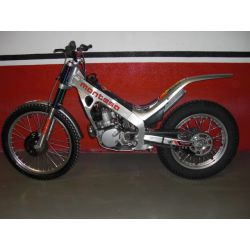 Montesa Cota 315 R year 2001 new has brand new 0 KM no use. Enrolled.